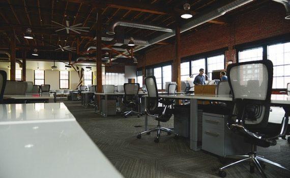 Ergonomische bureaustoel rugklachten